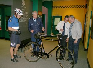 Former Commissioner Bob Atkinson presenting the 1935 Hercules cycle
