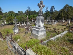 Seymour grave at Toowong Cemetery